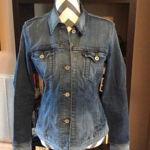 Levi Strauss & Co Denim Jacket SIZE LARGE